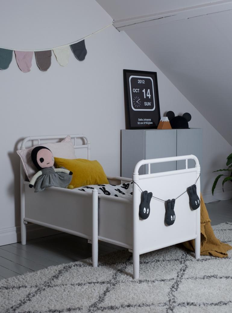 Säng Dellasrum